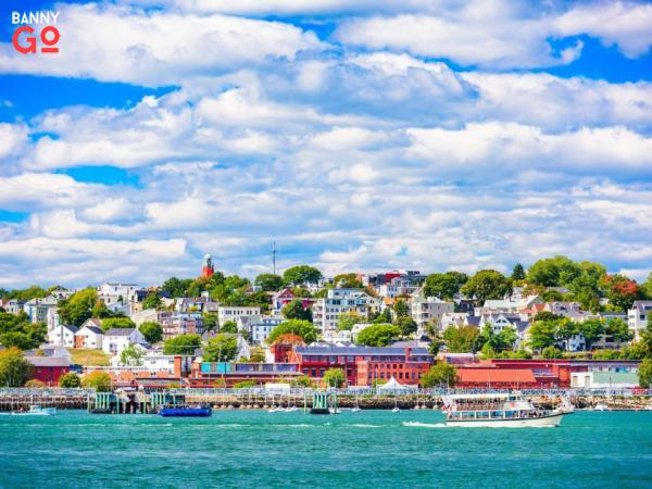 Portland, Maine nüfusu 66,414'dir