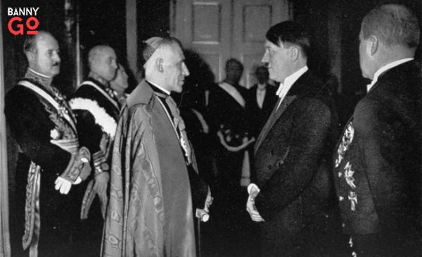 Hitler ve Vatikan