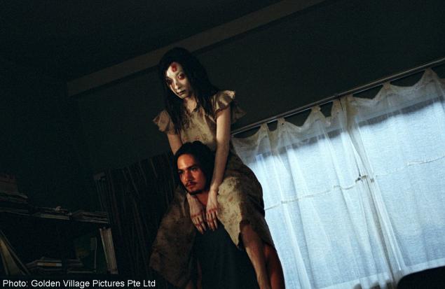 Shutter(2004) IMDb | 7.1