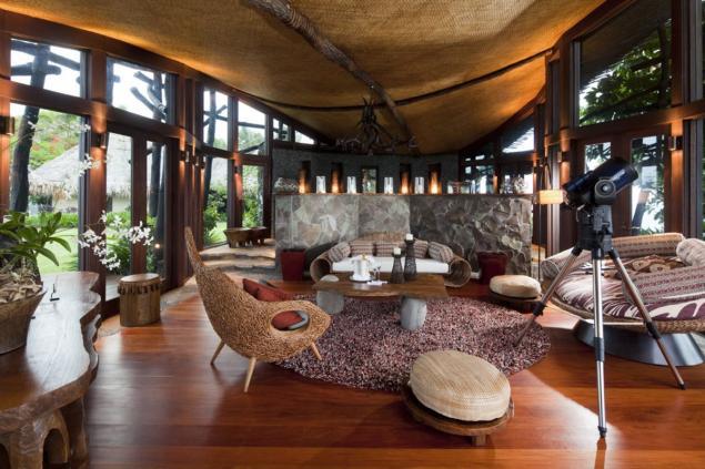 #6 - The Hilltop Villa