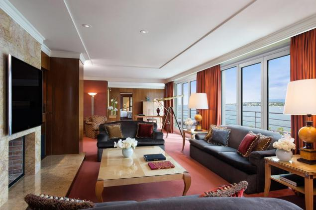 #2 - Royal Penthouse Suite at Hotel President Wilson