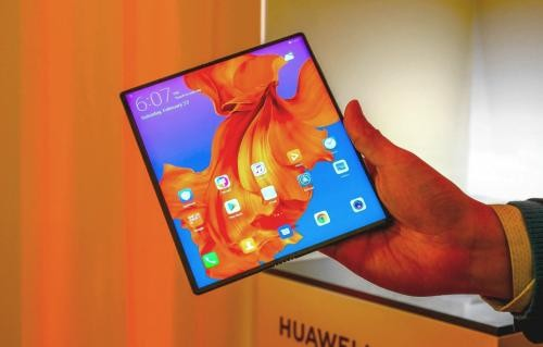 Huawei, yeni Mate X Katlanabilir Telefonu ile Samsung Galaxy Fold'a Meydan Okudu