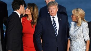 Melania Trump ile Kanada Başbakanı Justin Trudeau Arasında İlginç Selamlaşma