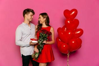 Sevgililer Günü Mesajları Güncelleme Sebebiyle 8 Ay Sonra Gönderildi