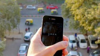 Uber'in Yeni Özelliği Sürücüleri Gizlice Şikayet Etmeyi Sağlıyor