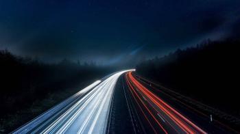 Stanford Araştırmacıları Elektriği Kablosuz Olarak İletmek İçin Yeni Bir Yöntem Geliştirdi