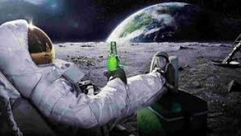Neil Armstrong'un Adımıyla Başlayan Uzay Turizmi Yeniden Popüler Oluyor!